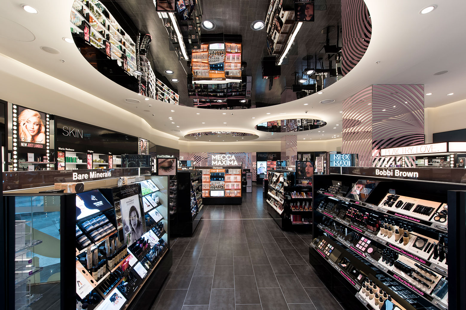 Cosmetics Retail Store Led Lighting Design Aglo