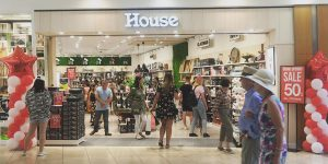 image of House Homeware store using Mondolux lighting products for retail display