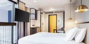 Brady-Hotels-Jones-Lane---business-room-1200x600